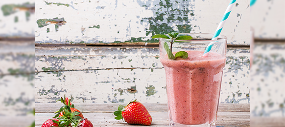 Strawberry Smoothies with a Kick